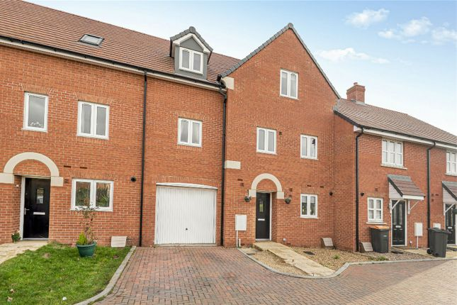 Thumbnail Town house for sale in Carmichael Drive, Shortstown, Bedford