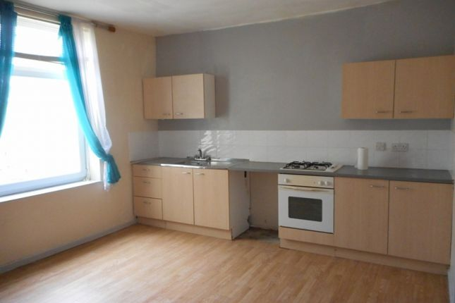Thumbnail Flat to rent in Llewellyn Street, Pentre