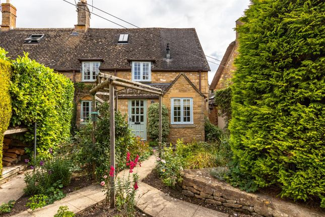 Thumbnail Cottage for sale in Hidcote Boyce, Chipping Campden, Gloucestershire