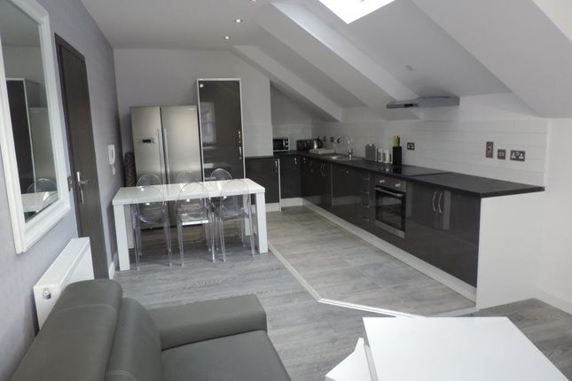 Thumbnail Property to rent in Rm 4, Fl 6, 21 Priestgate, Peterborough.