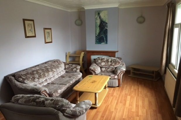 Thumbnail Property to rent in Lindsey Road, Becontree, Dagenham