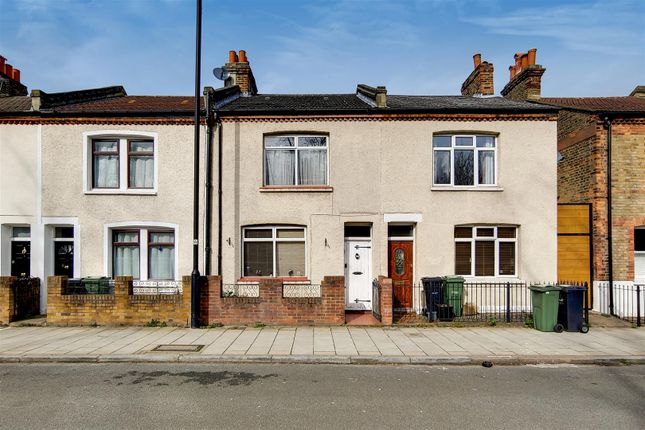 0_Exterior-0 of Robson Road, London SE27