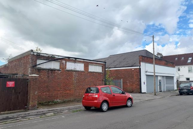 Thumbnail Commercial property for sale in Wodehouse Road, Southampton