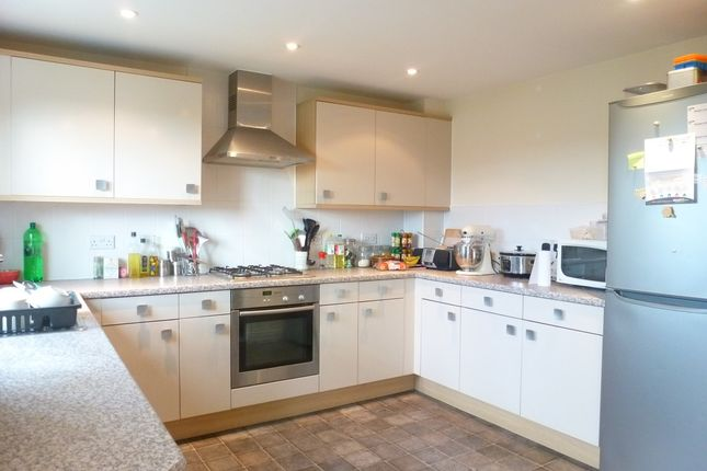 4 bed town house to rent in Baxendale Road, Chichester