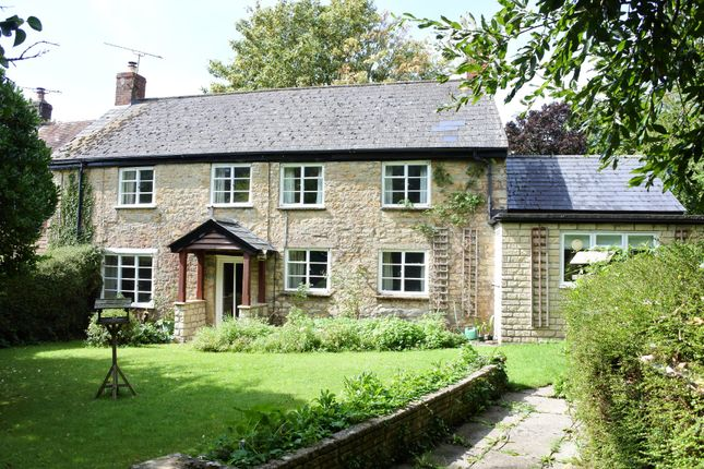 Thumbnail Cottage for sale in Church Street, West Stour, Gillingham