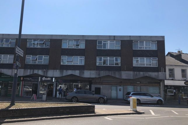 Thumbnail Retail premises to let in 8-9 Manor Croft Parade, College Road, Cheshunt, Waltham Cross