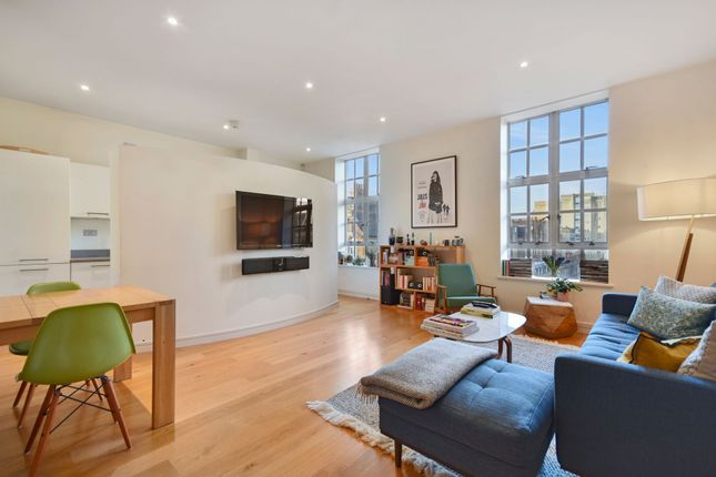 Thumbnail Flat for sale in Nottingham Place, Marylebone, London