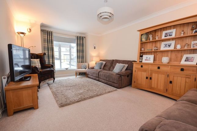 Thumbnail Detached house for sale in Lochan Road, Kilsyth, Glasgow