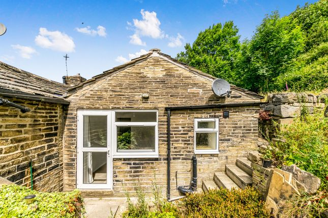 Thumbnail Bungalow for sale in Rake Bank, Wheatley, Halifax