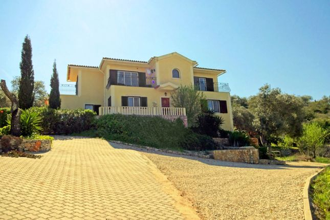 3 bed villa for sale in Paderne, Albufeira, Portugal
