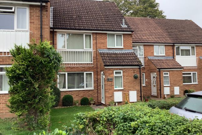 3 bed terraced house for sale in Lynwood Drive, Andover SP10