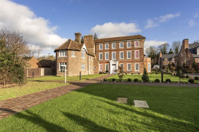 Thumbnail Flat for sale in Welcombe House, Southdown Road, Harpenden, Hertfordshire
