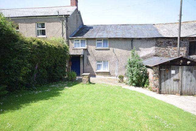 Thumbnail Cottage to rent in Lake Farm, Great Torrington, Devon