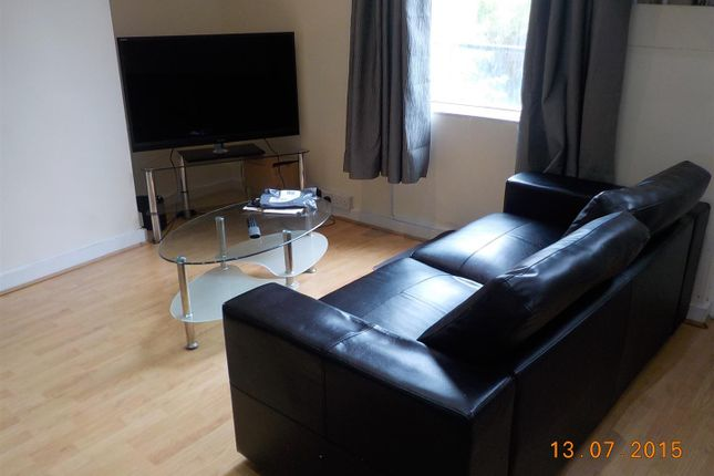 Thumbnail Property to rent in Hartley Avenue, Leeds