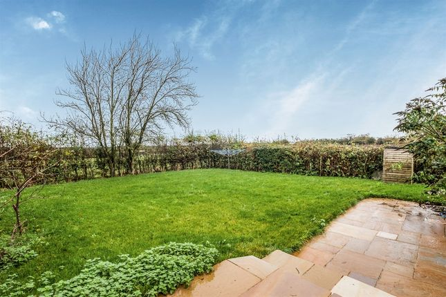 Thumbnail Detached house for sale in Chivery, Tring