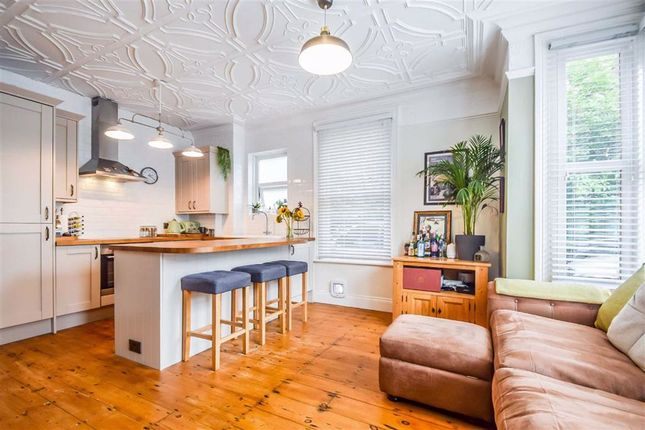 1 bed flat for sale in 1 Cossington Road, Westcliff-On-Sea, Essex SS0