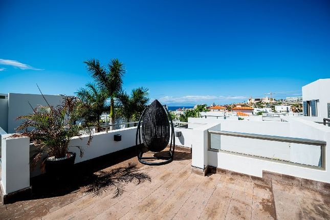 Thumbnail Villa for sale in Oasis Del Duque, Playa Del Duque, Tenerife, Spain