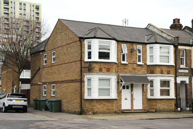 Picture No. 20 of Azof Street, London SE10