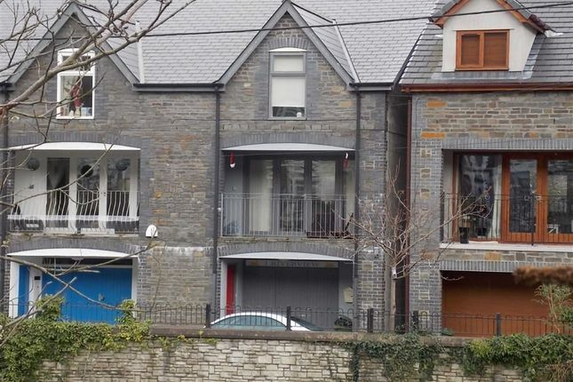 Thumbnail Town house for sale in Sion Street, Pontypridd
