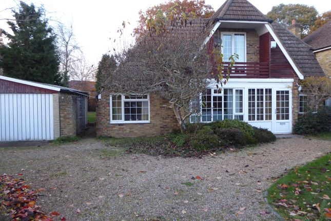 Thumbnail Property to rent in Long Grove, Seer Green, Beaconsfield