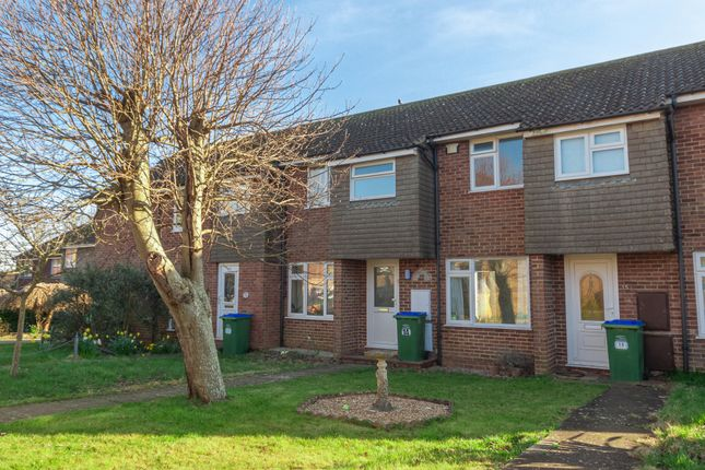 Thumbnail Terraced house to rent in Pelham Close, Peacehaven, East Sussex