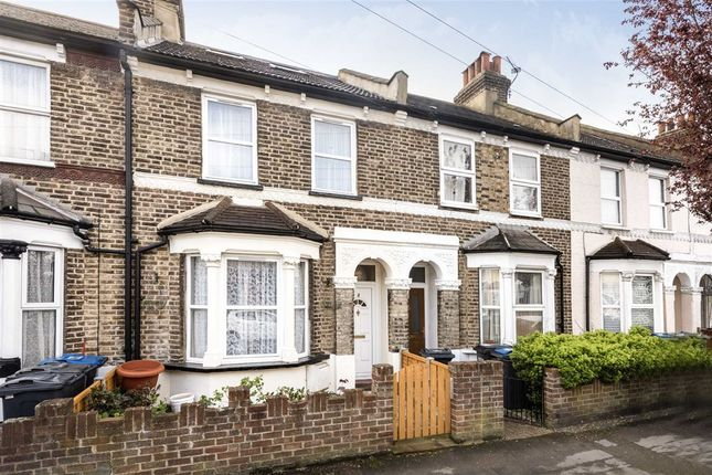 Thumbnail Terraced house to rent in Charnwood Road, London
