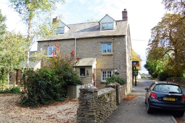 Thumbnail Cottage to rent in Main Road, Alvescot, Bampton