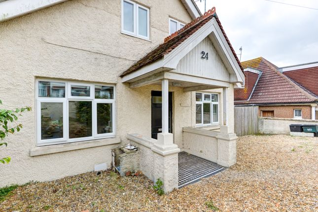 Thumbnail Terraced house to rent in Hollingbury Place, Brighton