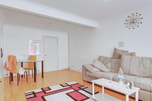 Terraced house for sale in Benets Road, Hornchurch
