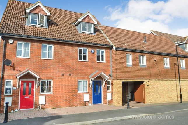 Thumbnail Town house to rent in Samuel Drive, Kemsley, Sittingbourne