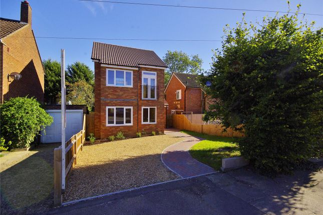 Thumbnail Detached house for sale in Goldcroft, Hemel Hempstead, Hertfordshire
