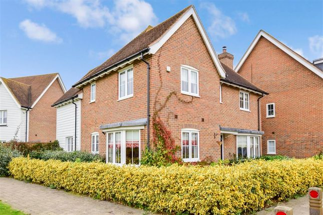 Thumbnail Detached house for sale in Windsor Road, Kings Hill, West Malling, Kent