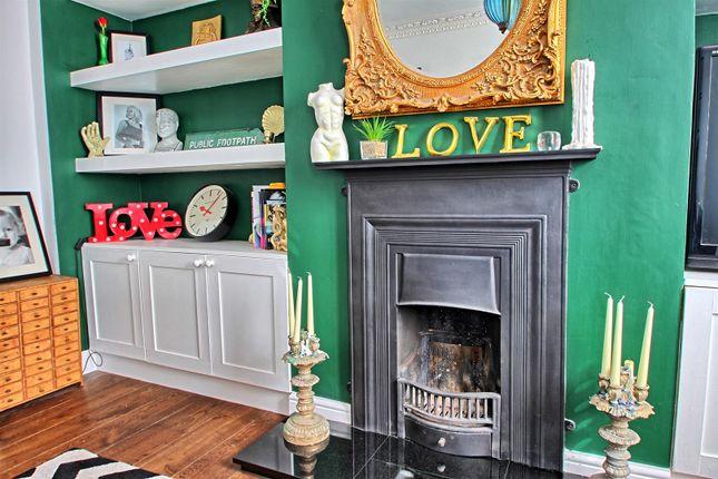Fireplace of Monks Row, Crib Street, Ware SG12