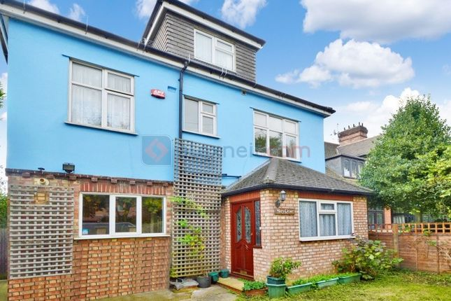 Thumbnail Detached house to rent in Gregor Mews, Langton Way, London