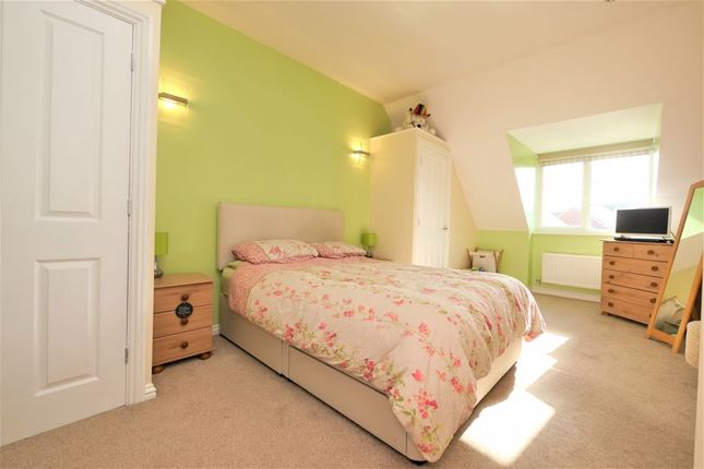 Master Bedroom of Raven Road, Didcot OX11