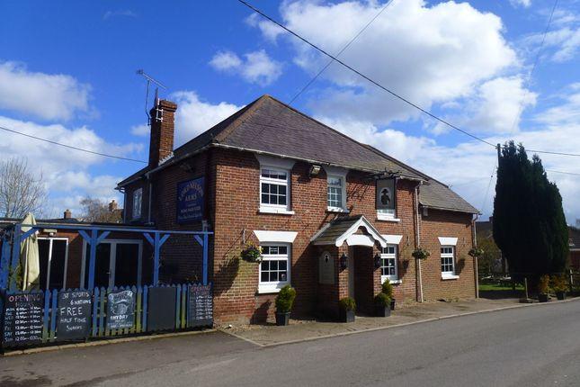 Thumbnail Pub/bar for sale in Middleton, Wiltshire: Nr. Salisbury
