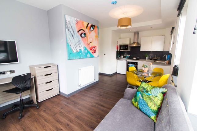 Thumbnail Flat to rent in Apartment 7, 83 Cardigan Lane, Headingley