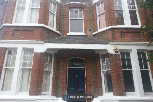 Thumbnail Flat to rent in Cranwich Road, London