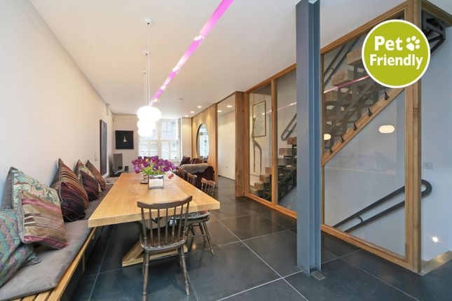 Thumbnail Property to rent in Shinfield Street, London
