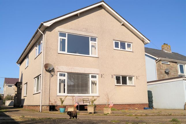 Thumbnail Flat for sale in Rhodfa'r Mor, Nefyn, Pwllheli