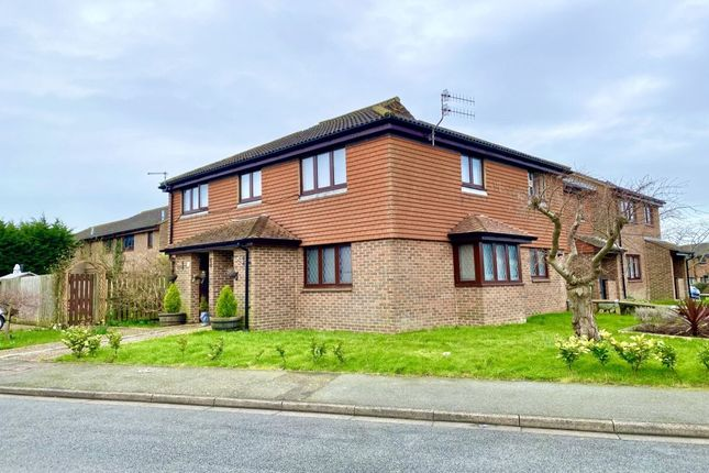 3 bed flat for sale in Burwash Close, Eastbourne BN23