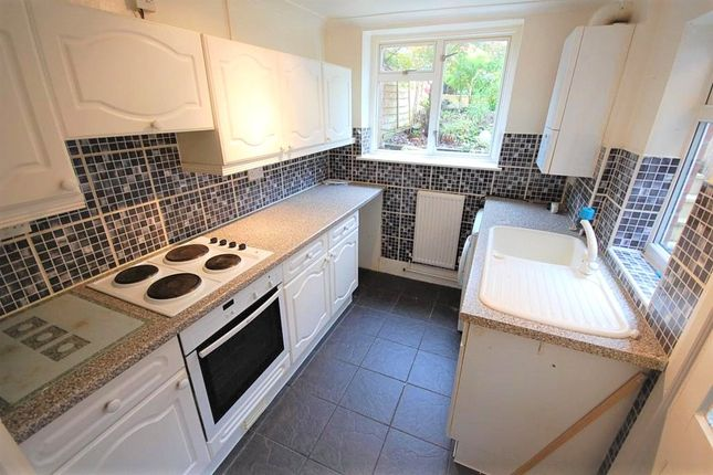 Kitchen of Sunnyside, Stansted CM24