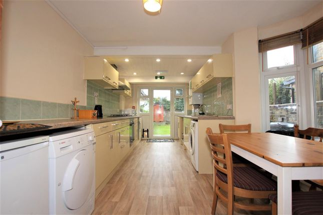Thumbnail Property to rent in Truro Road, Bounds Green
