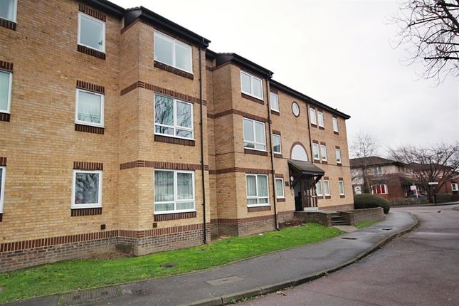 Thumbnail Flat to rent in Chaucer Drive, London
