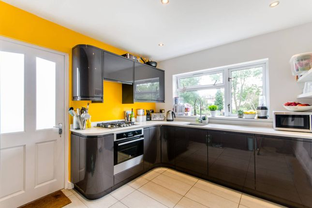 Thumbnail Flat for sale in Worbeck Road, Penge