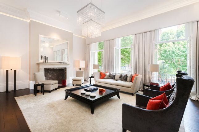 Thumbnail Flat for sale in Queens Gate, South Kensington, London