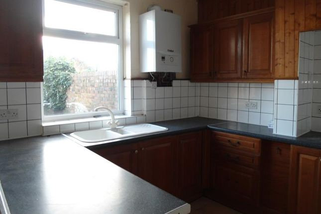 2 bed terraced house to rent in 48 Foljambe Road, Rotherham