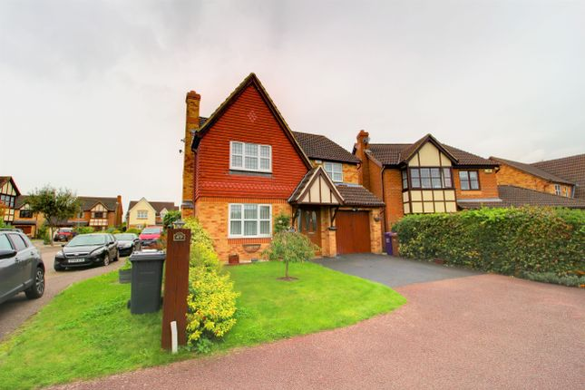 Thumbnail Detached house for sale in Bessemer Close, Hitchin