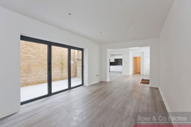 Thumbnail Flat for sale in West End Lane, London