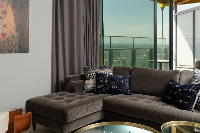 Thumbnail Flat to rent in Churchyard Row, Elephant And Castle